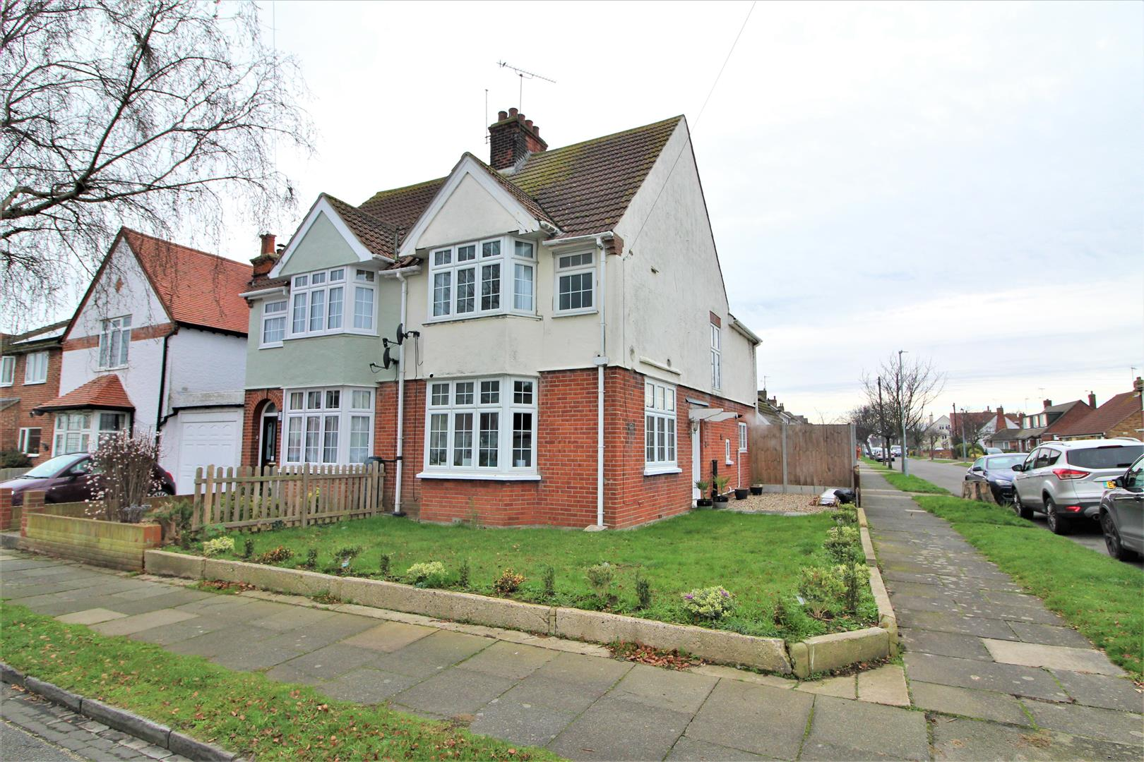 Greenway, Frinton-On-Sea, Essex, CO13 9AL